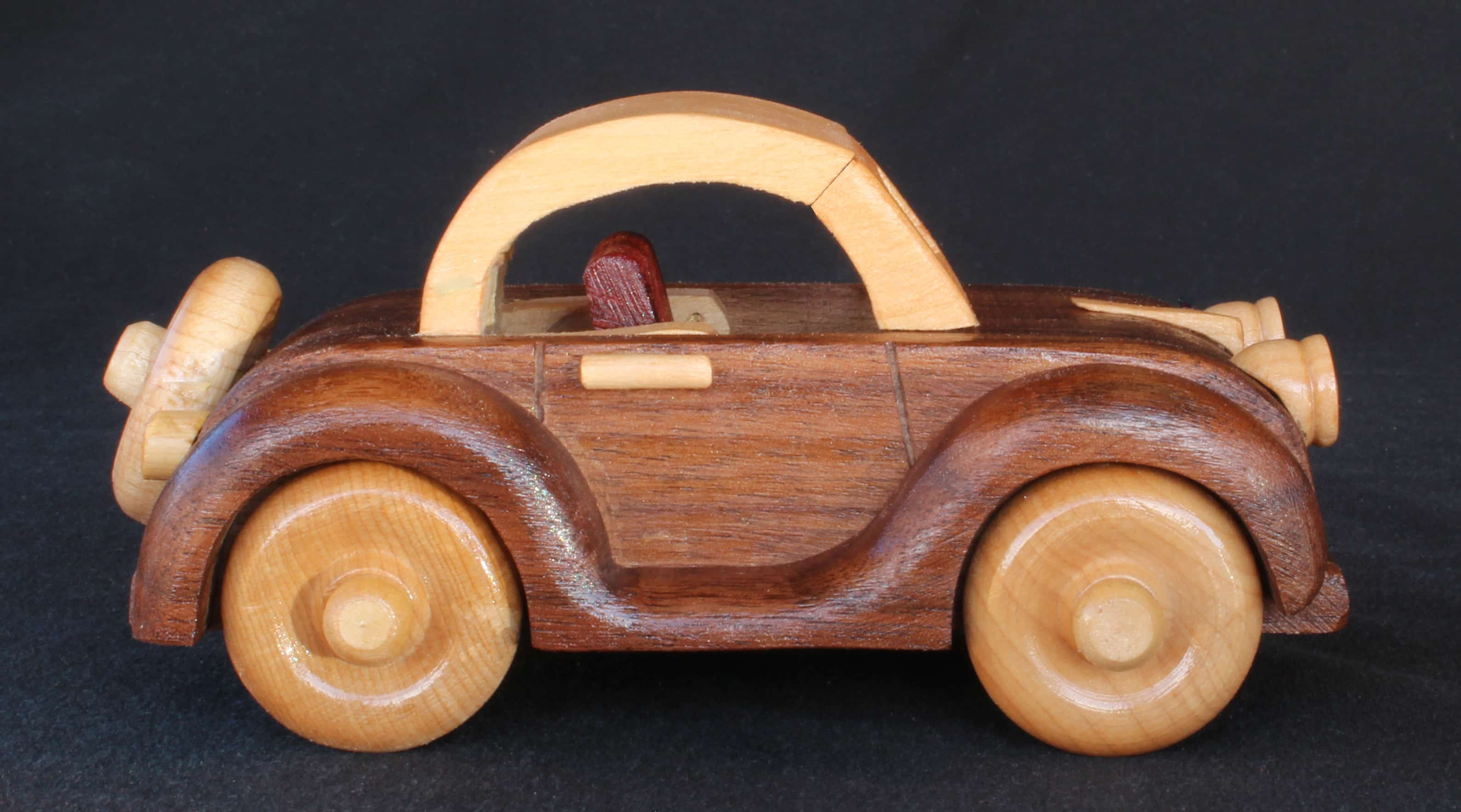 Vehicle from the Plump'N'Tuff wood plan set
