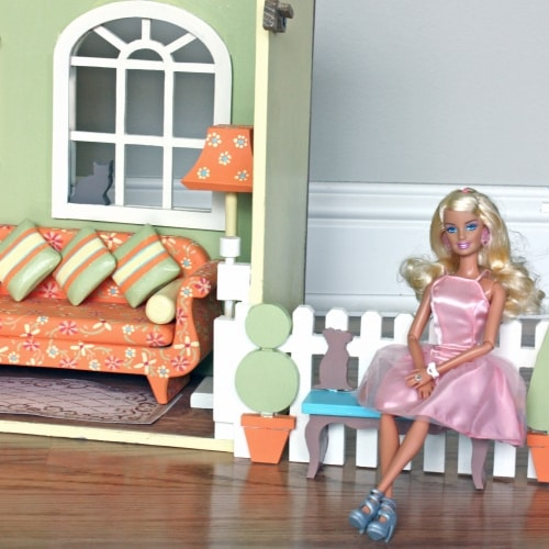 Right side view of the Barbie House