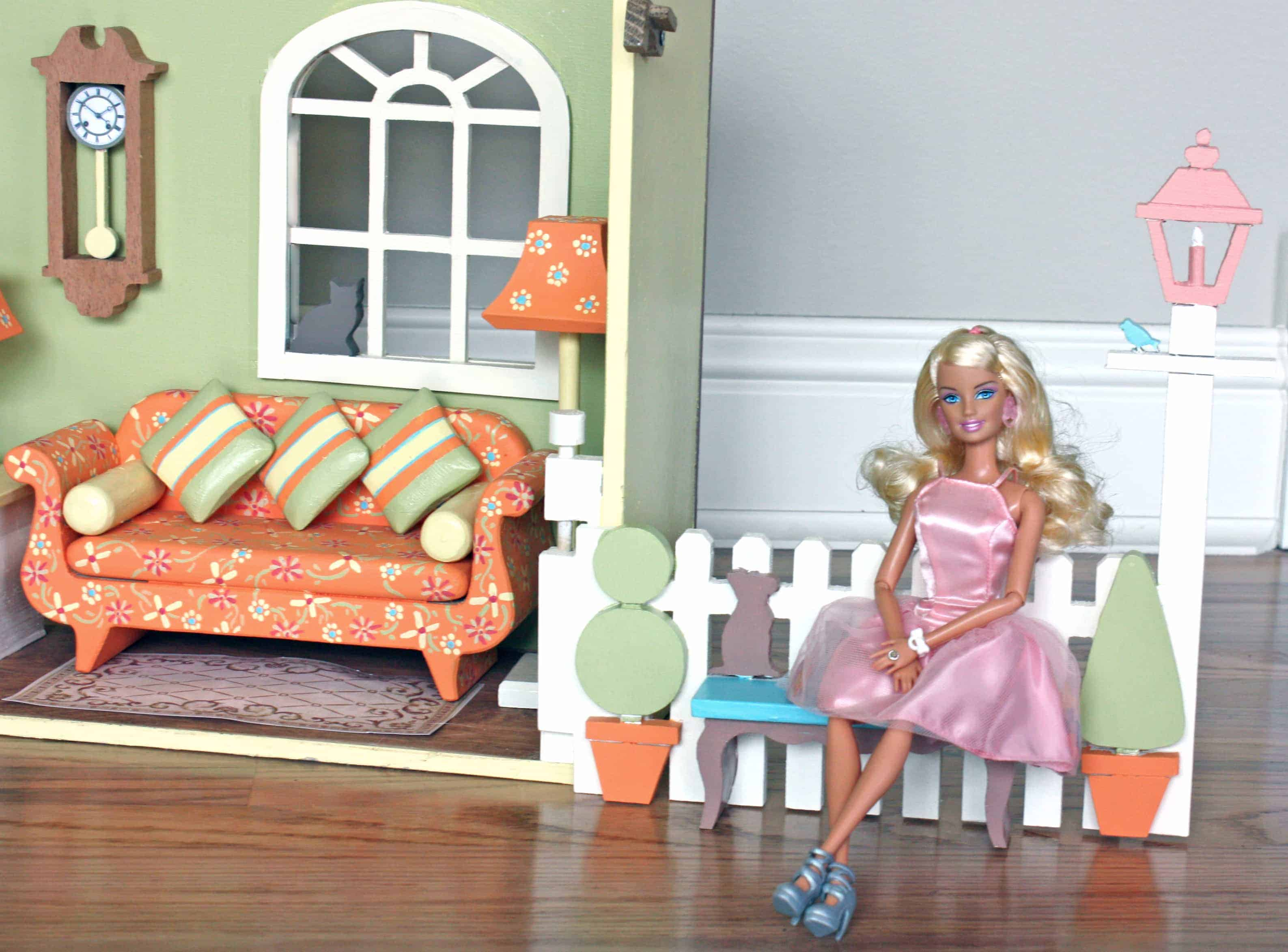 Close And Carry Barbie 174 House Woodworking Plans