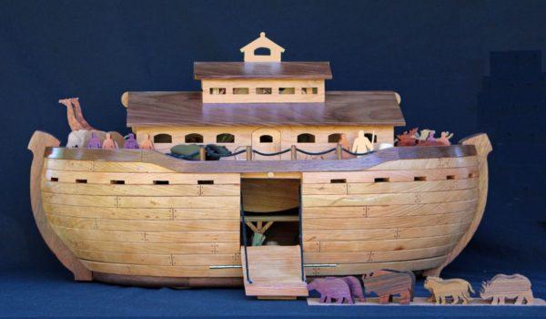 Noah's Ark Woodworking Plan - Forest Street Designs