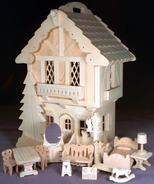 Nearly all parts are shown full size in the woodworking patterns