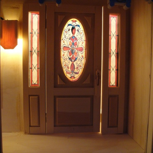 Ideas included for making simulated stained glass in the wood project