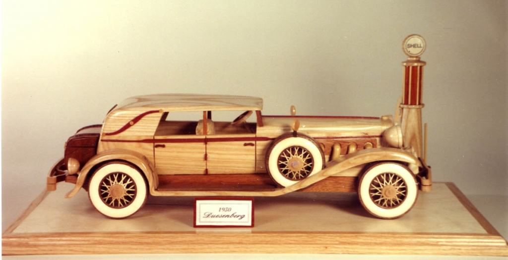 Large whitewalls of the era shown using Holly. Toothpicks form the spokes