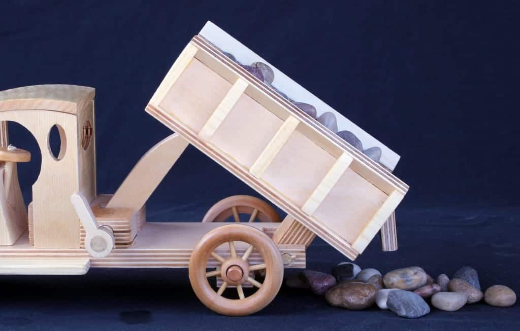 A dump truck woodworking plan in one large package