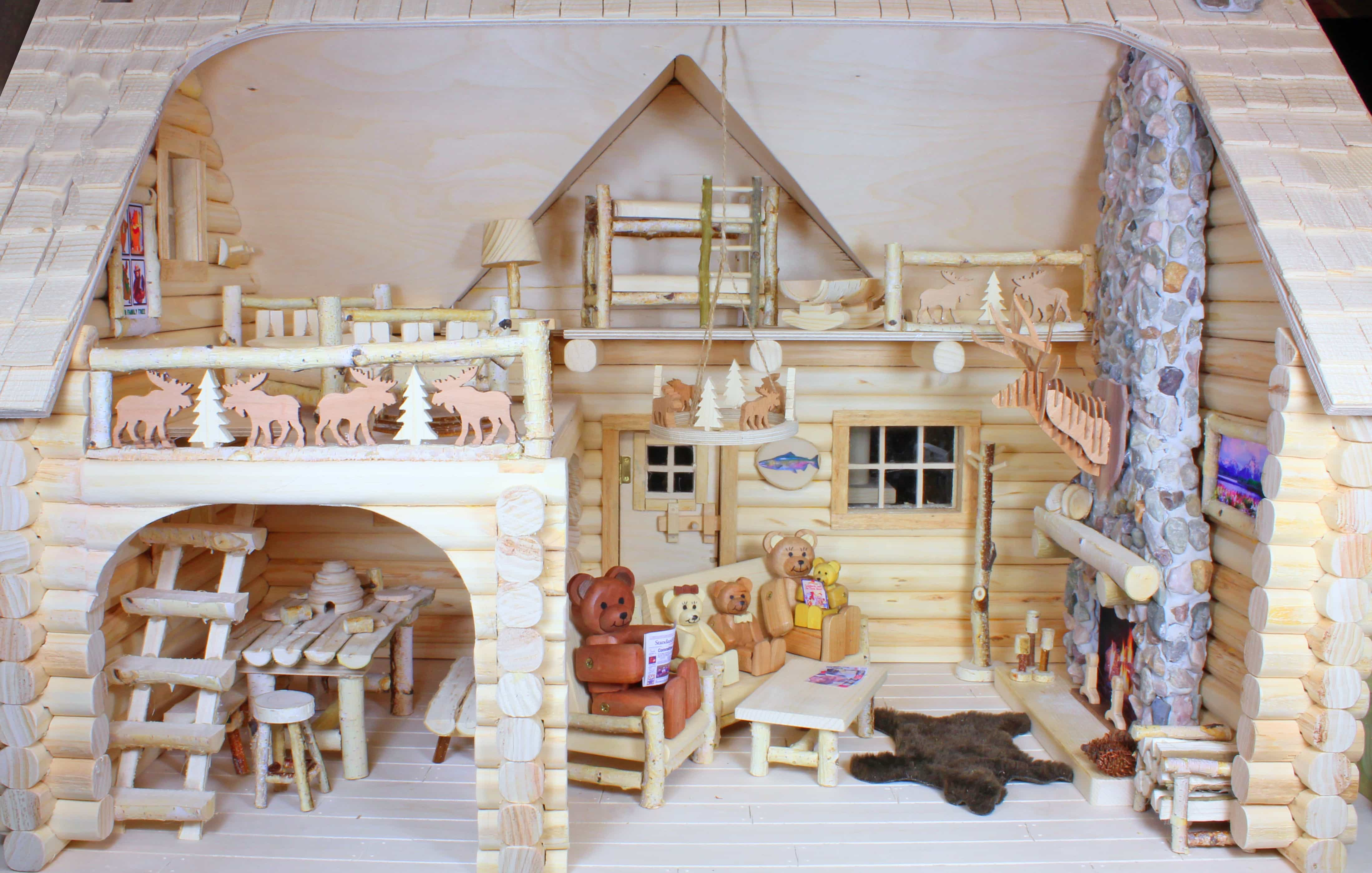 Bear Family Lodge Woodworking Plan - Forest Street Designs