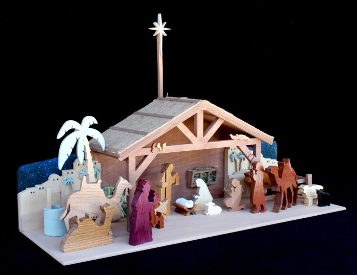 View of nativity, easy to make with a scroll or bandsaw