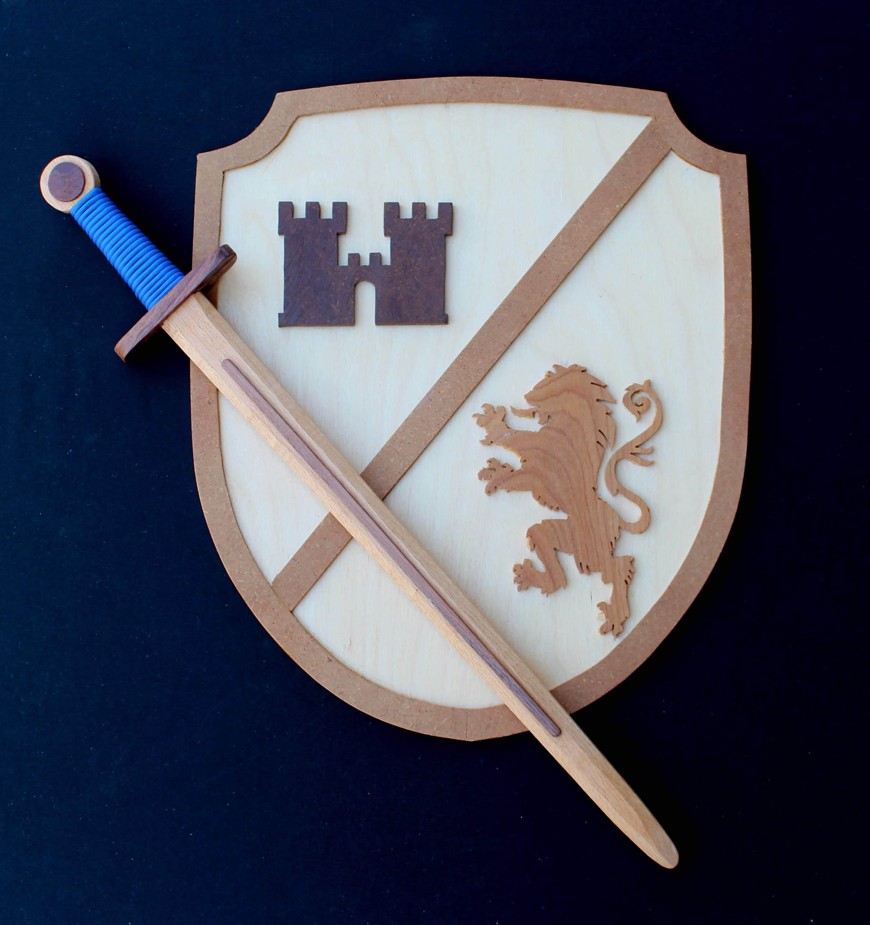 Child's size sword and shield woodworking plan