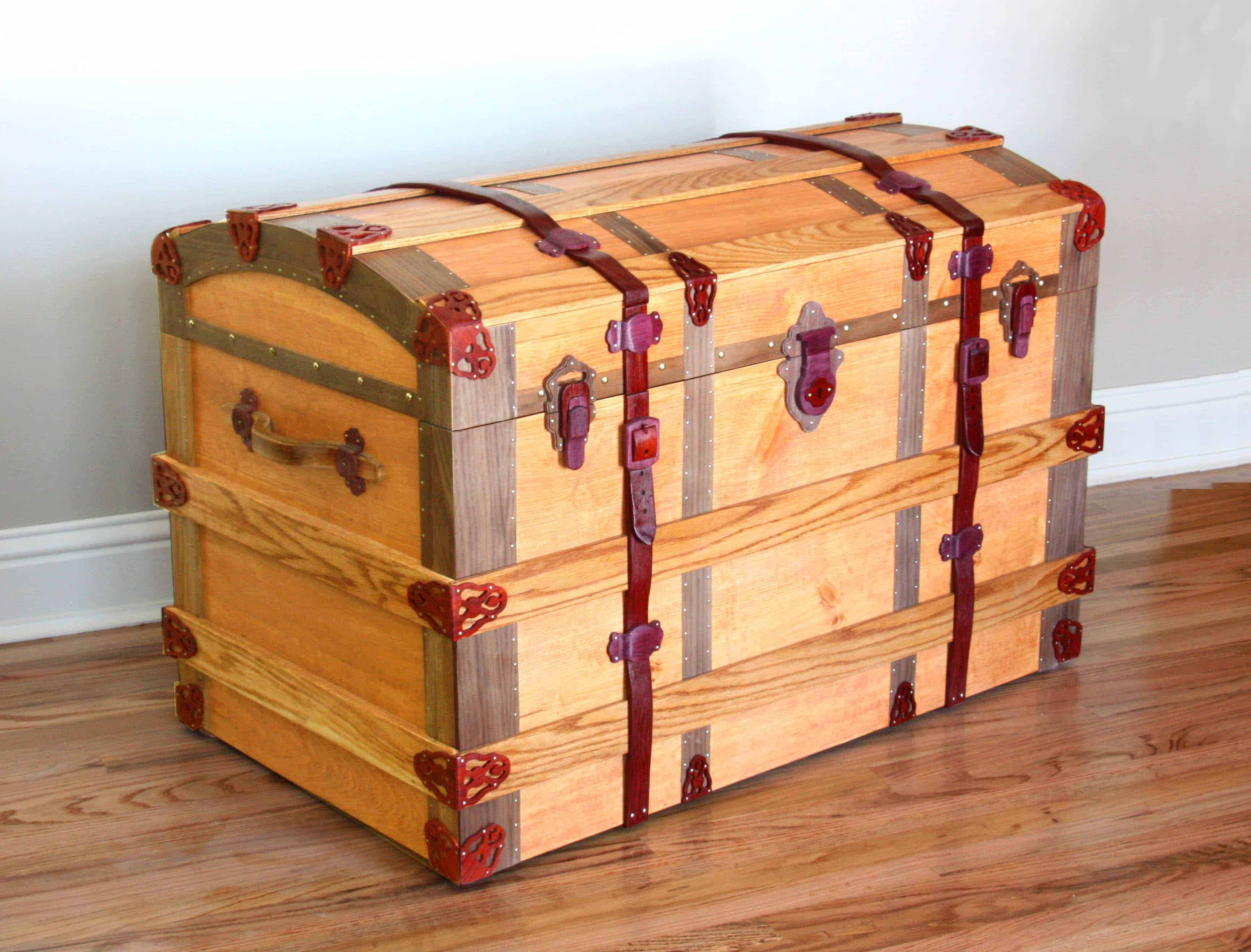 Woodworking Projects Plans: European Trunk Woodworking Plan