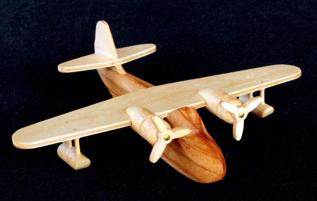 Sea Plane wood plan among other planes in one woodworking package