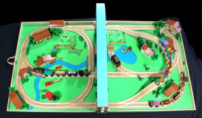 Wood train set folds to a compace size