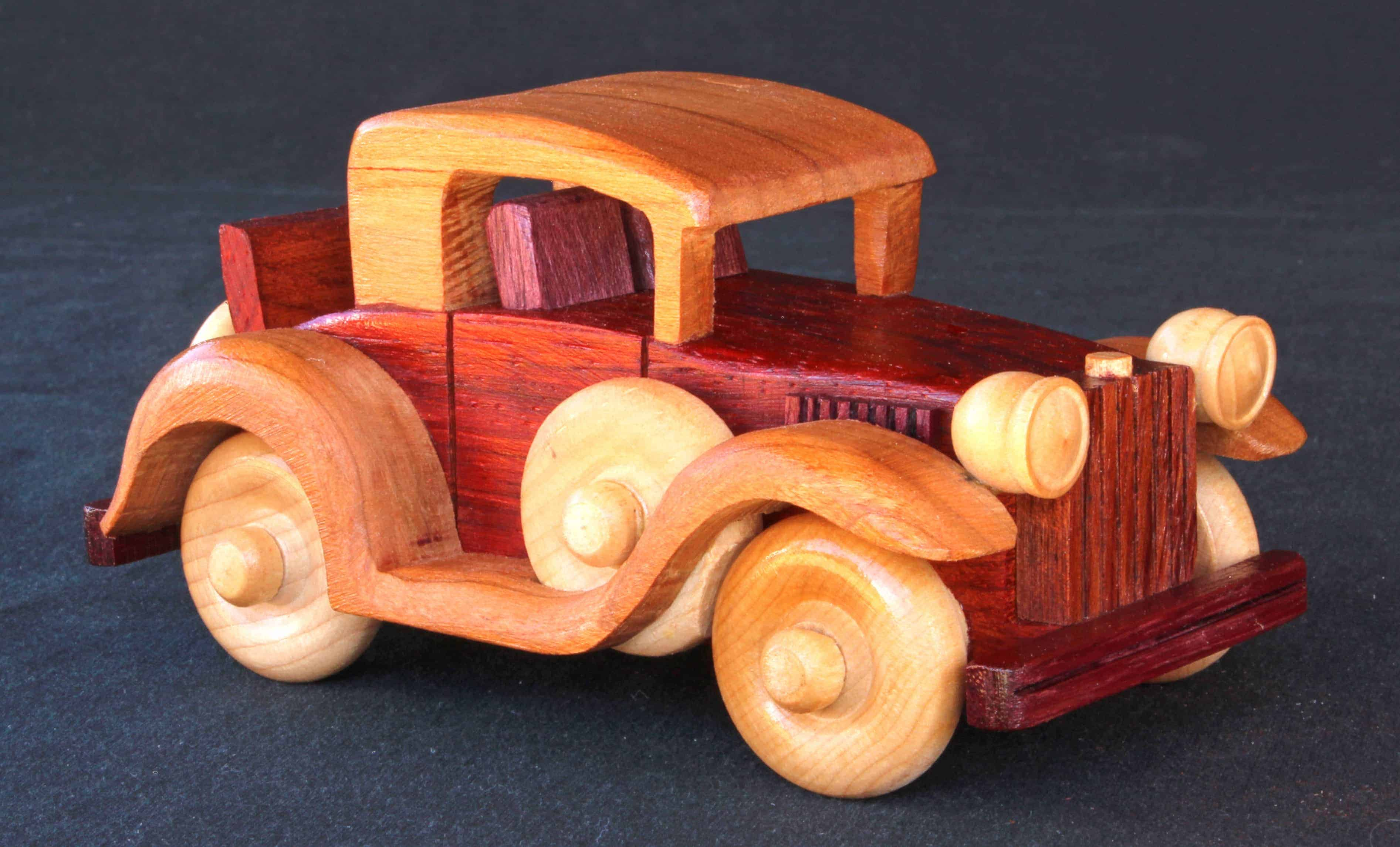 Woodworking plan for building a whole series of vehicles