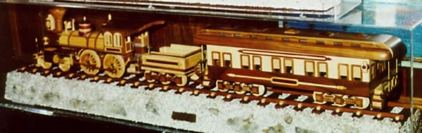 wood-toy-train